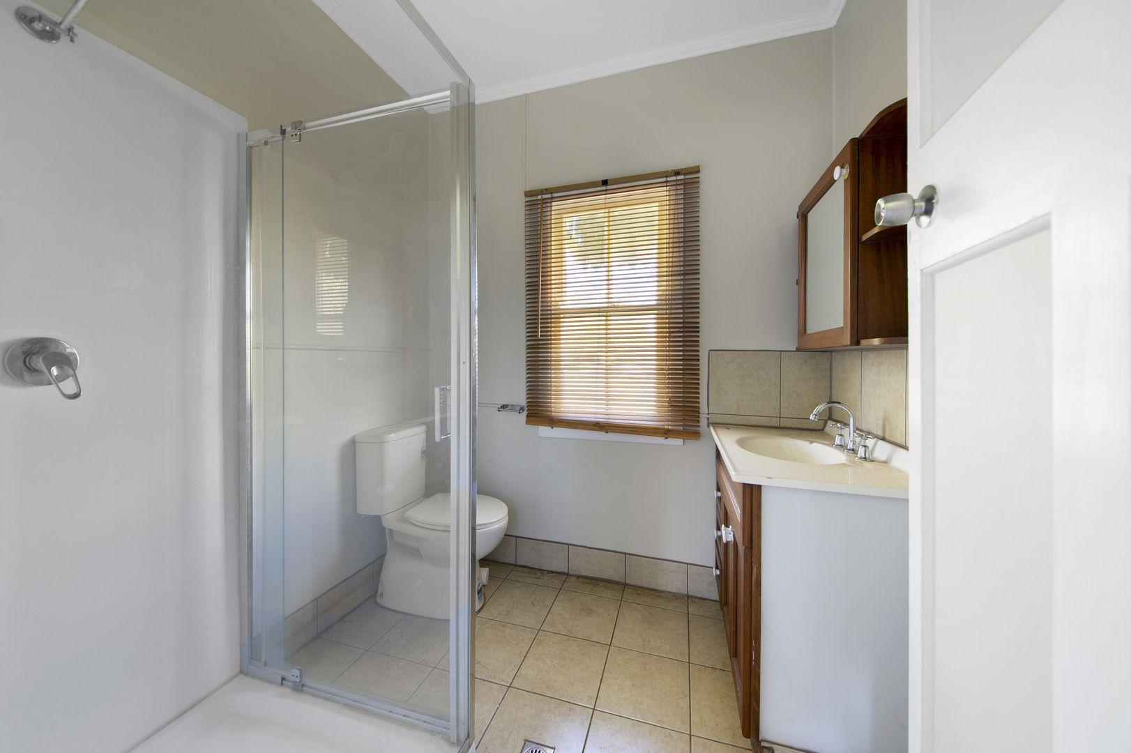 47 Arnold Street, Allora QLD 4362, Image 2
