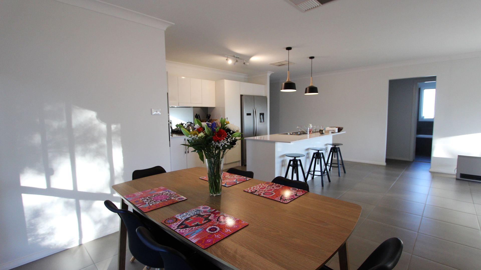 60 Haig Street, Temora NSW 2666, Image 2