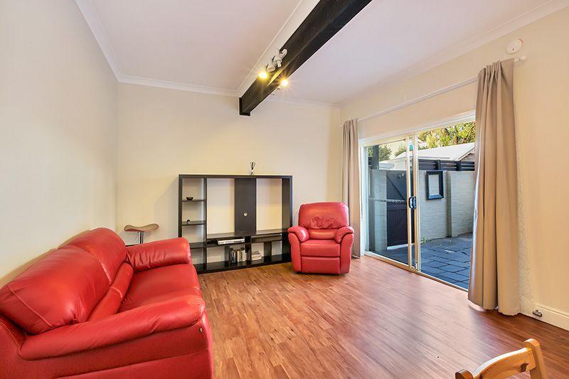 4 King Lane, Balmain NSW 2041, Image 2