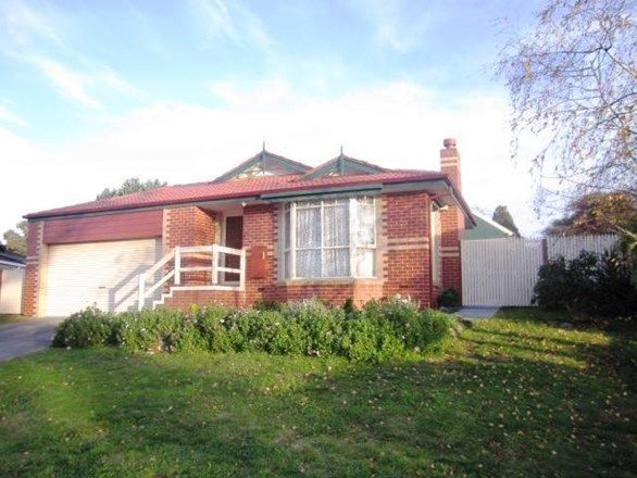 25 Fairlawn Place, Bayswater VIC 3153, Image 0