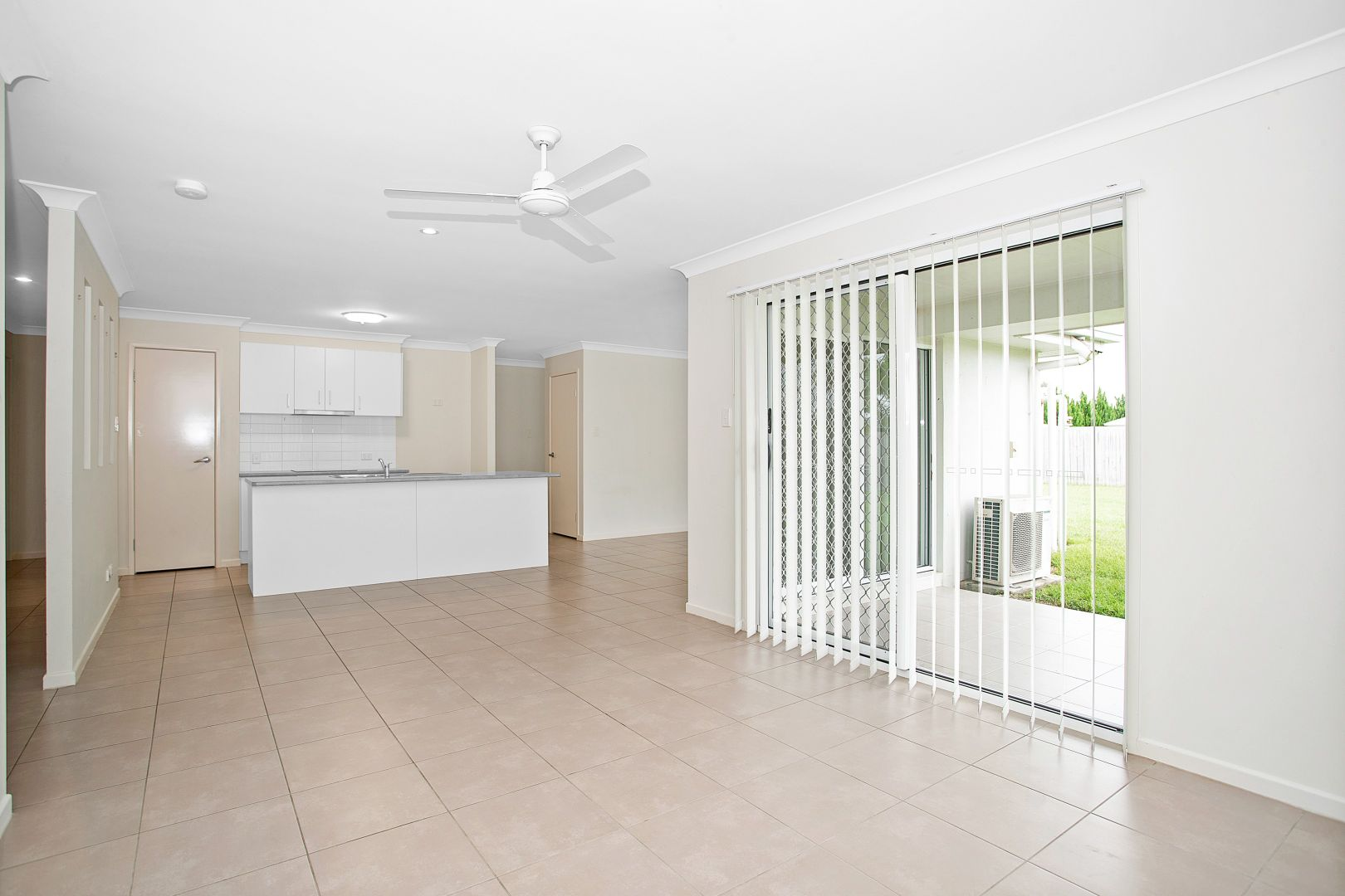 18 Isobel Avenue, Mirani QLD 4754, Image 2