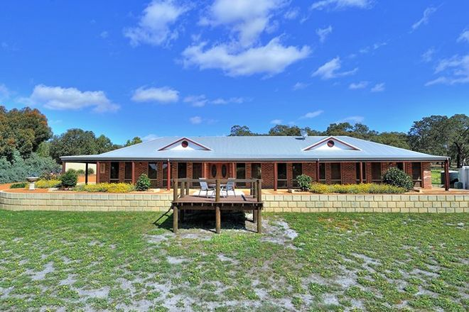 Picture of 29 Ayrshire Loop, LOWER CHITTERING WA 6084