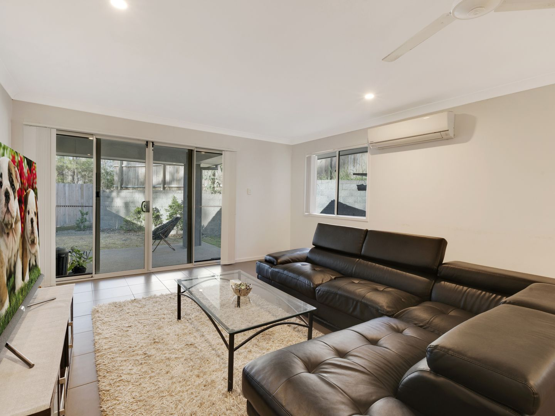 2/17 Caulfield Court, Pimpama QLD 4209, Image 2