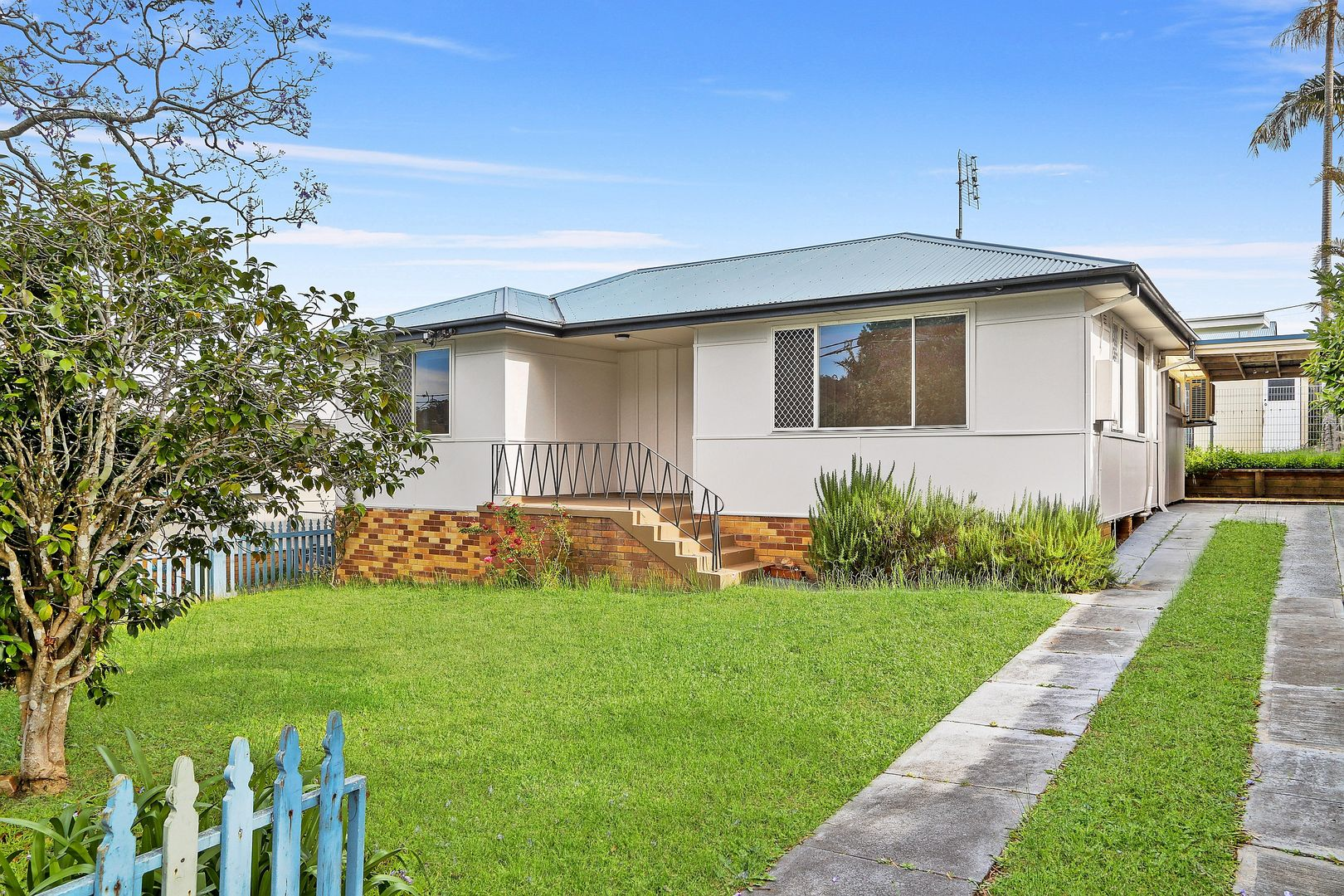 6 Cary Crescent, Springfield NSW 2250, Image 0