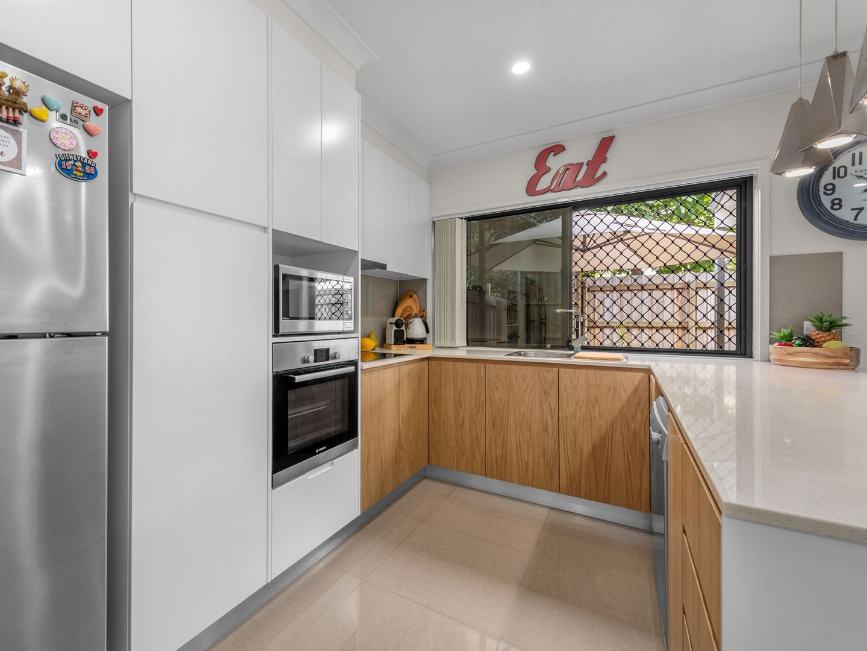 6/8 Valance Street, Oxley QLD 4075, Image 2