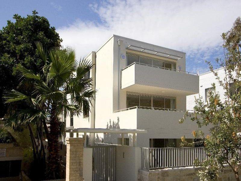 4/7 Sir Thomas Mitchell Road, Bondi Beach NSW 2026, Image 2