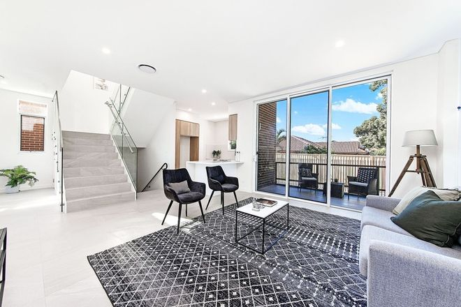Picture of 42 Clarendon Road, PEAKHURST NSW 2210