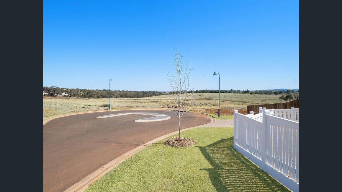 Amelia Court, Highfields QLD 4352, Image 1