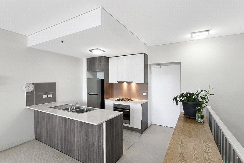 805/6-10 Charles Street, Parramatta NSW 2150, Image 2