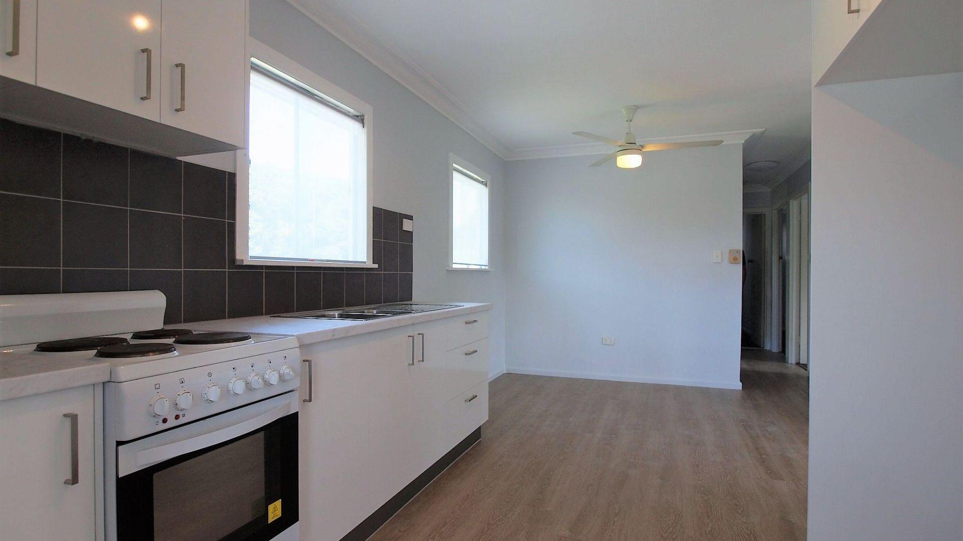 7 Sturgeon Street, Redcliffe QLD 4020, Image 2