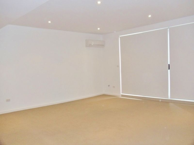 18/31-35 Chamberlain Street, Campbelltown NSW 2560, Image 1