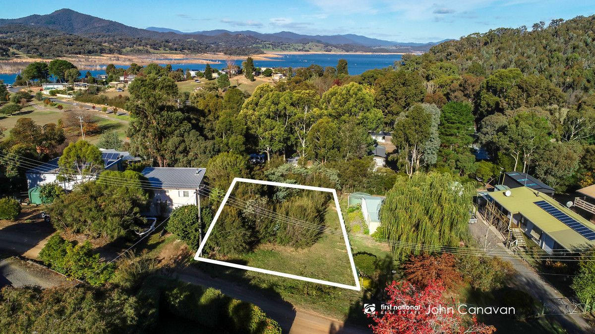 9 Hills Road, Goughs Bay VIC 3723, Image 0