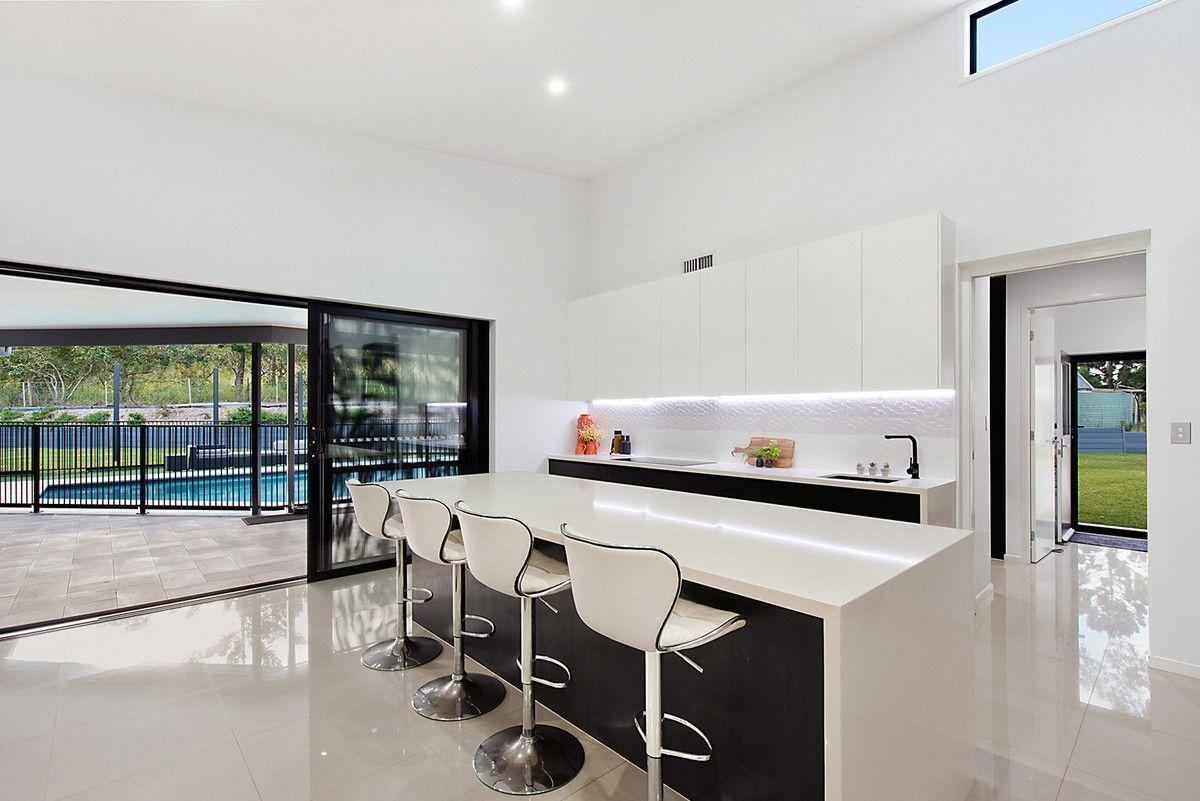 4 Glenclare Place, Samsonvale QLD 4520, Image 2