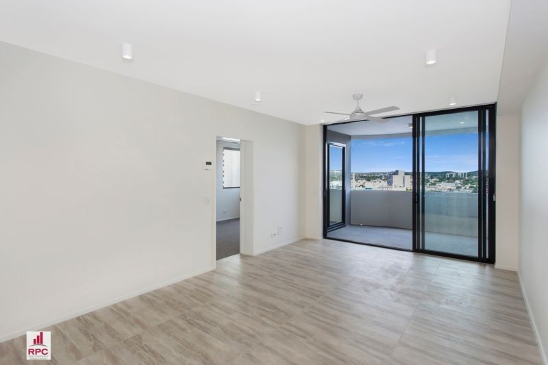 711/36 Anglesey Street, Kangaroo Point QLD 4169, Image 2