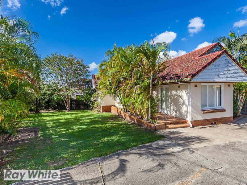 45 Hilltop Avenue, Chermside QLD 4032, Image 2
