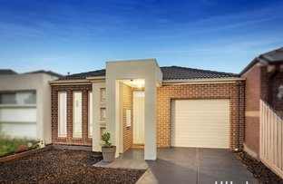 Picture of 2/17 Catania Avenue, Point Cook VIC 3030