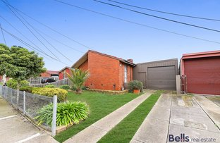 Picture of 34 McCoubrie Avenue, Sunshine West VIC 3020