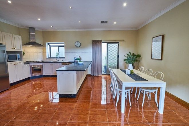 Picture of 14 Kimba Road, PARA HILLS SA 5096