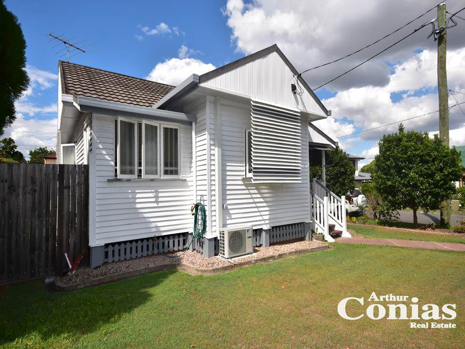 1 Lamb Street, Corinda QLD 4075, Image 0