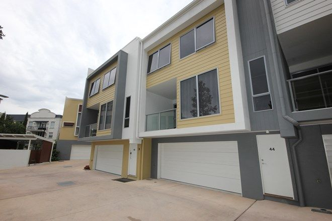 Picture of 44/2 Town Centre Close, CARRARA QLD 4211