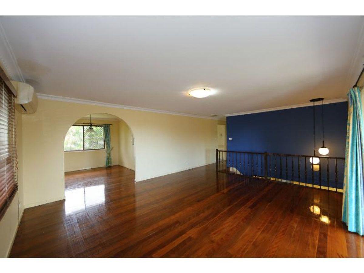 4 Hermitage Street, Eight Mile Plains QLD 4113, Image 1