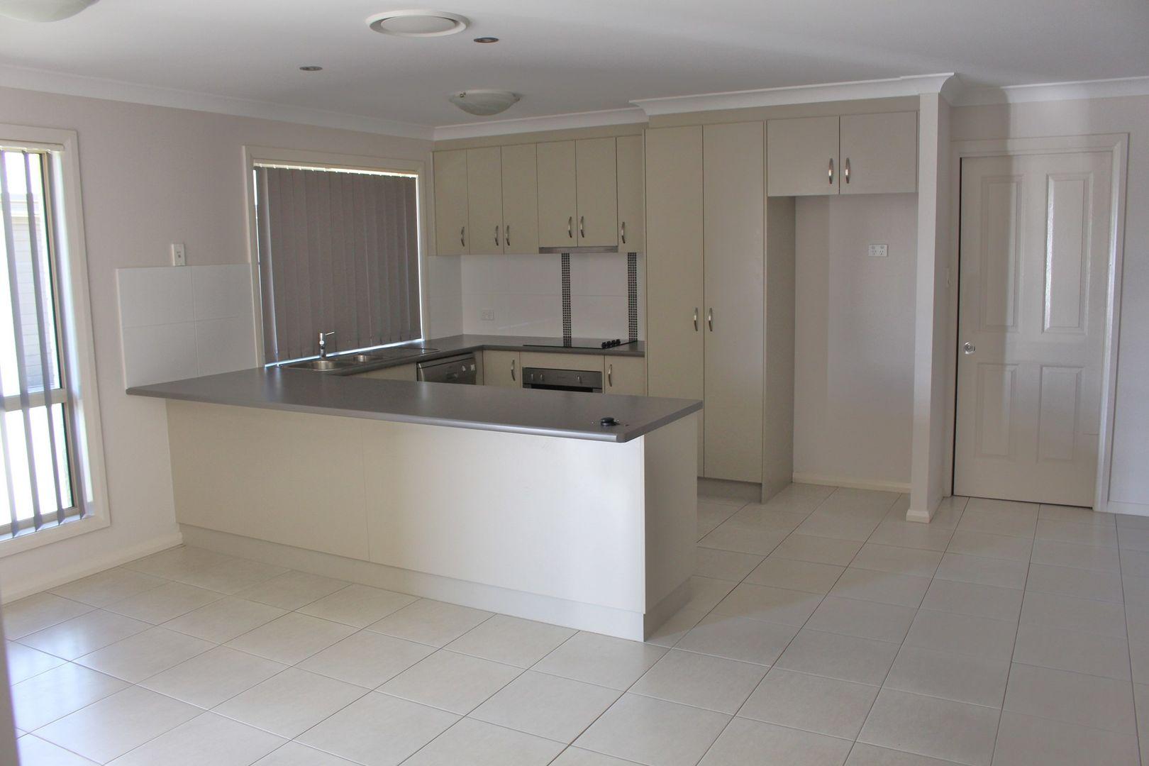 4/27 Price Street, Chinchilla QLD 4413, Image 1