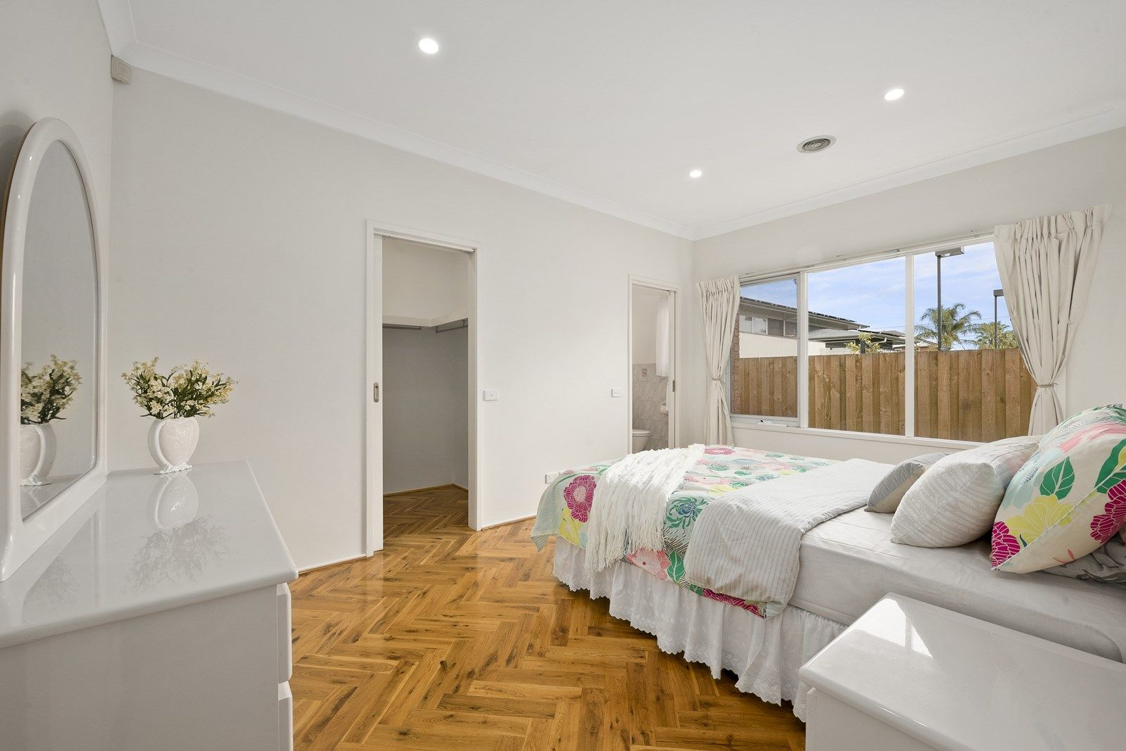 2/167 Kambrook Road, Caulfield VIC 3162, Image 2