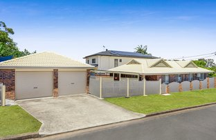 Picture of 68 Haylock Street, Wynnum QLD 4178