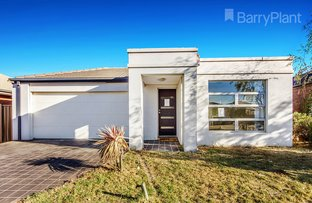 Picture of 7 Ormesby  Place, Deer Park VIC 3023