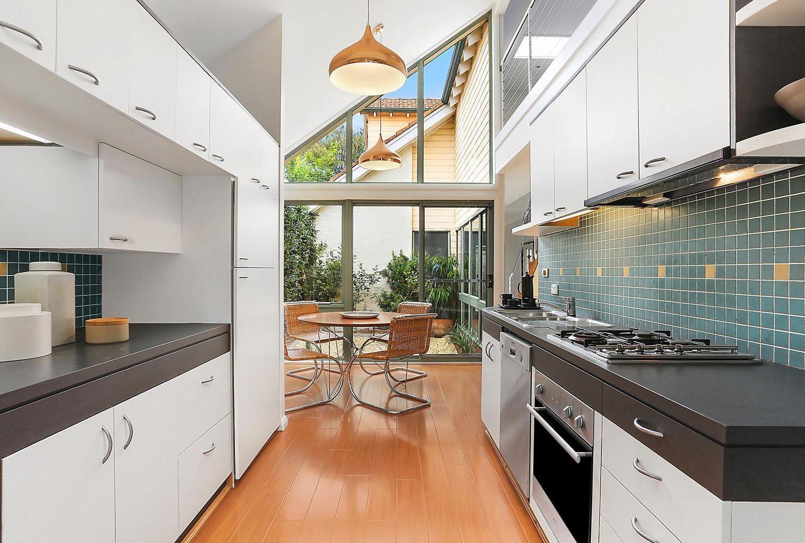 24A Devonshire Street, Crows Nest NSW 2065, Image 2