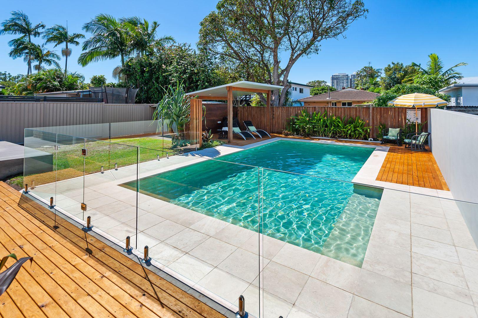 37 Ashgrove Avenue, Runaway Bay QLD 4216, Image 0