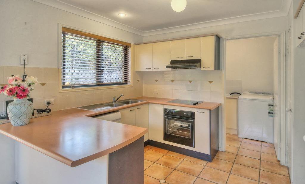 12/18 Pumice Street, Eight Mile Plains QLD 4113, Image 2
