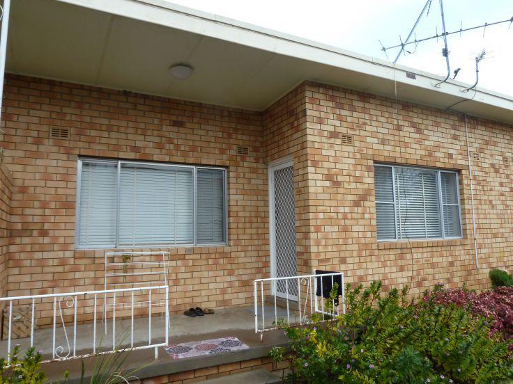2/13 Petra Avenue, Tamworth NSW 2340, Image 0