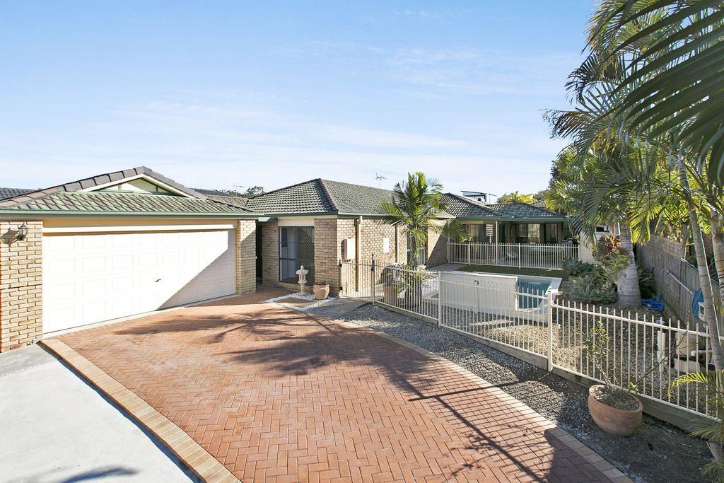 4 Kenny Court, Wakerley QLD 4154, Image 0