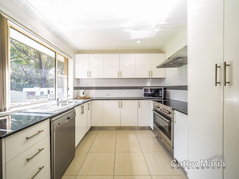 128 Birdwood Drive, Blue Haven NSW 2262, Image 2