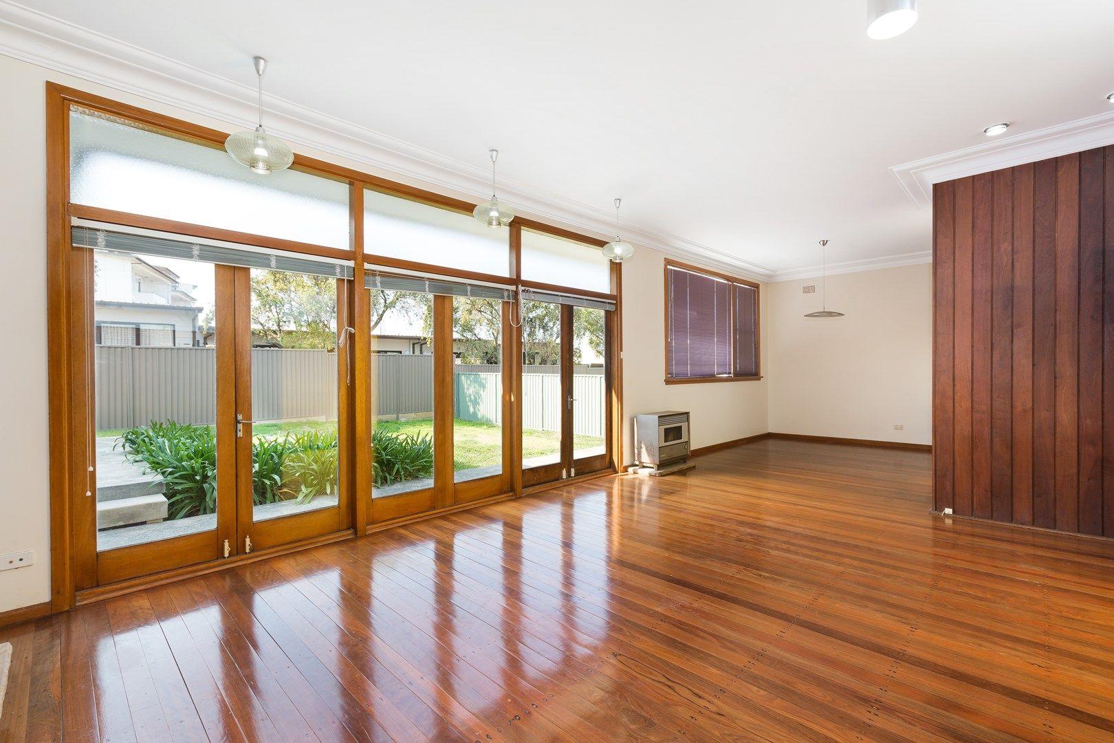 19 Queanbeyan  Avenue, Miranda NSW 2228, Image 0