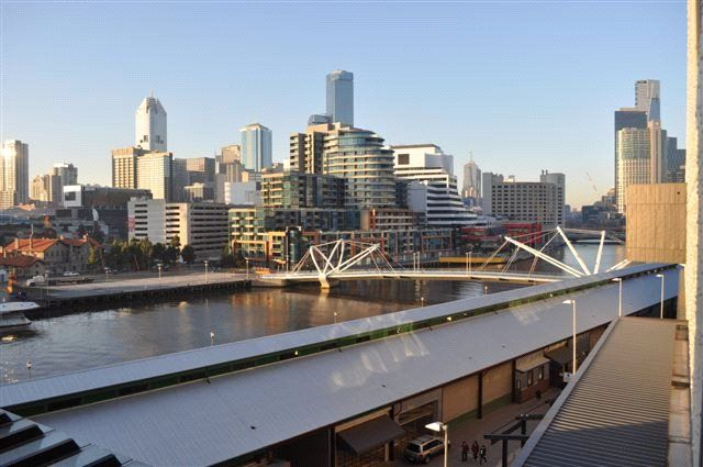 323/20 Convention Centre Place, South Wharf VIC 3006, Image 2