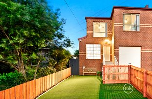 Picture of 1/21 Graeme Avenue, Montmorency VIC 3094