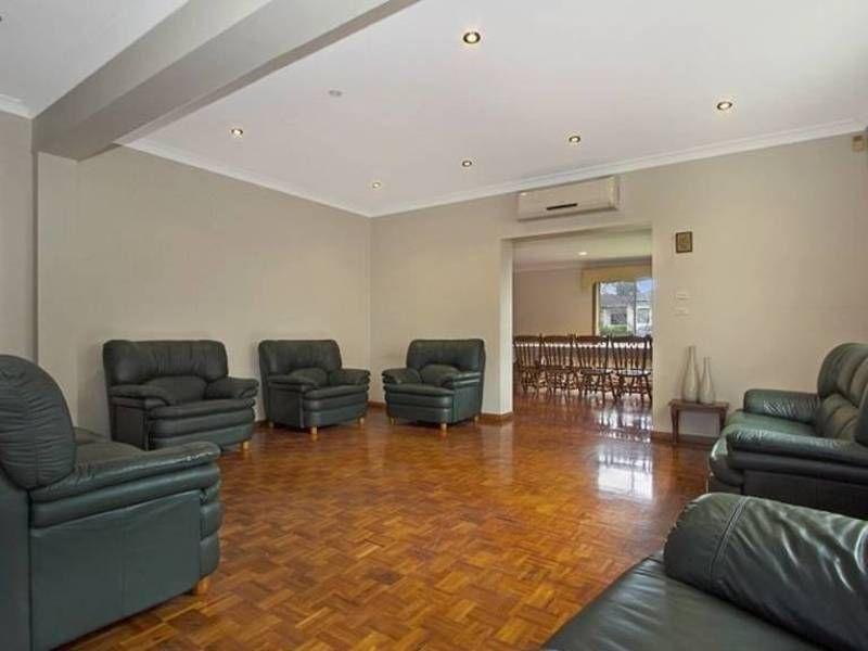 68 Cornelia Road, Toongabbie NSW 2146, Image 2
