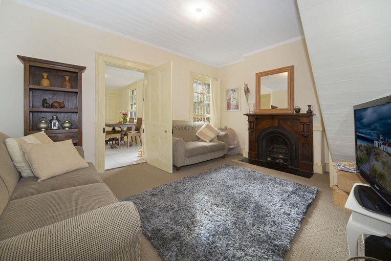 17 Darling Street, Glebe NSW 2037, Image 2