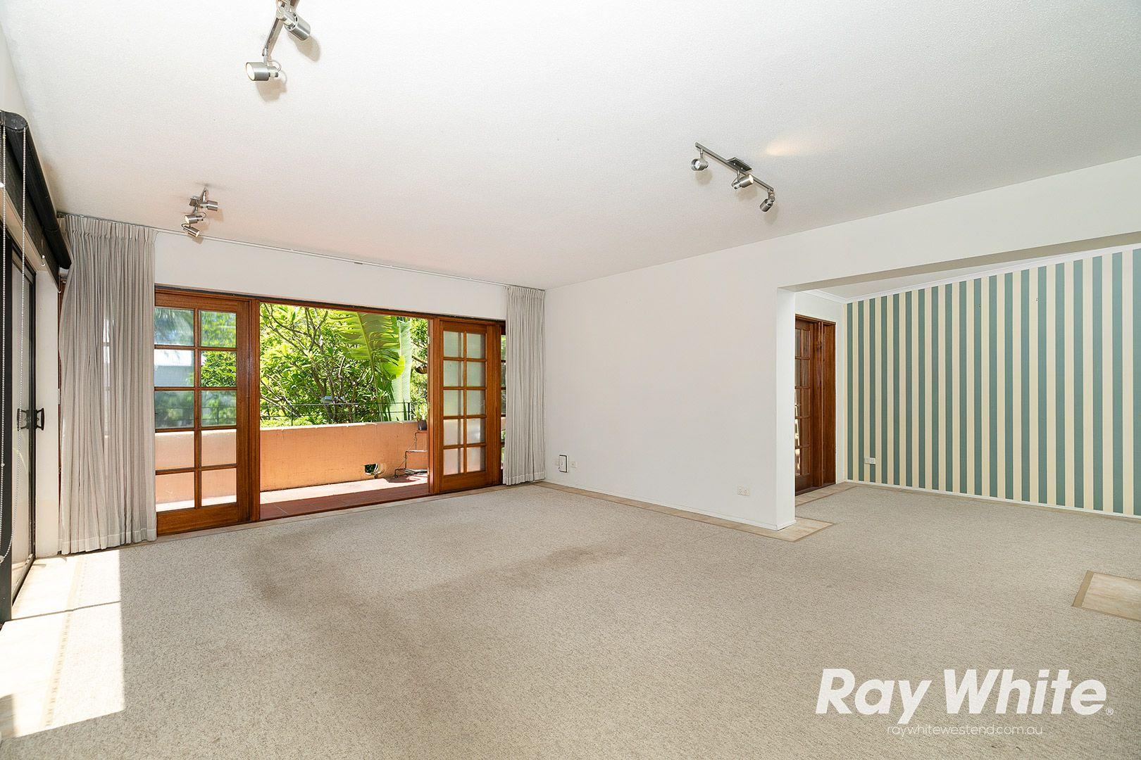 2/83 Gladstone Road, Highgate Hill QLD 4101, Image 1