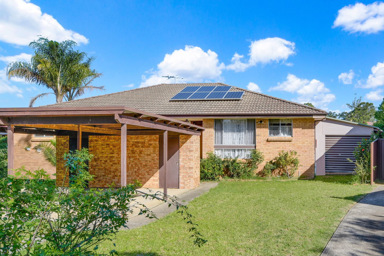 15 Groundsel Avenue, Macquarie Fields NSW 2564, Image 0
