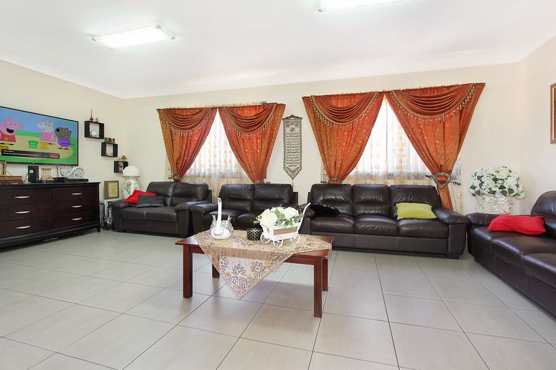 213 Excelsior St, Guildford NSW 2161, Image 1