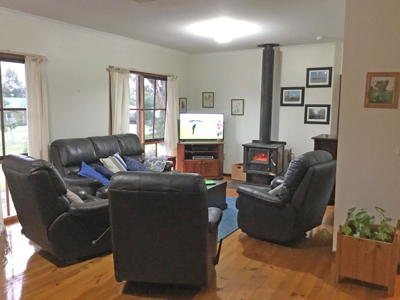57 Livingstone Street, Mathoura NSW 2710, Image 2