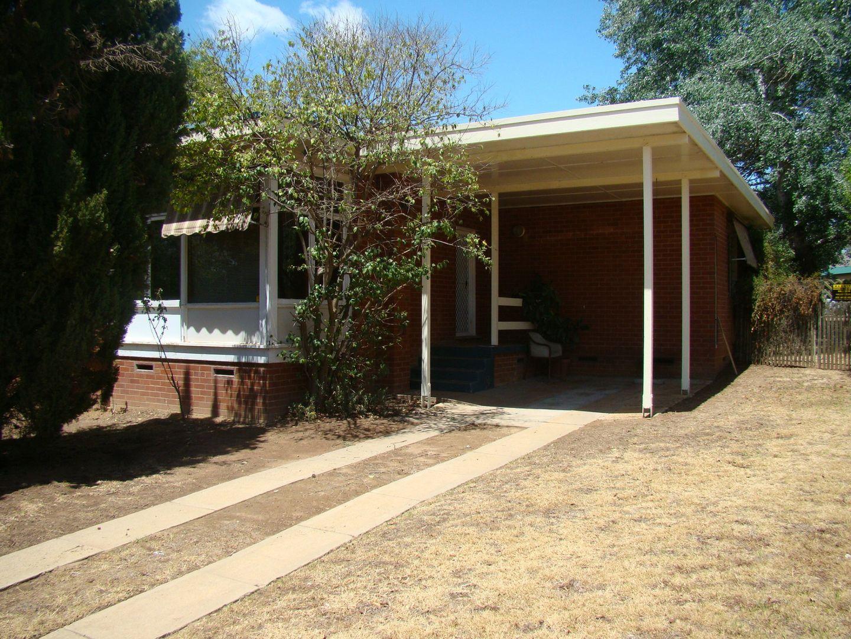 2 Immarna Place, Kooringal NSW 2650, Image 0