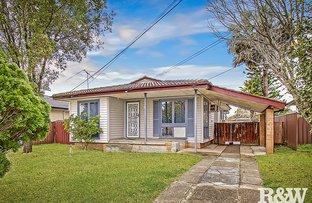 Picture of 16 Mangariva Avenue, Lethbridge Park NSW 2770