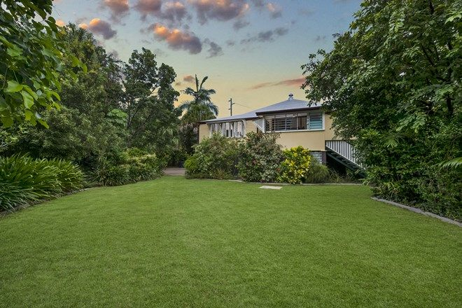 Picture of 83 Armstrong Street, HERMIT PARK QLD 4812