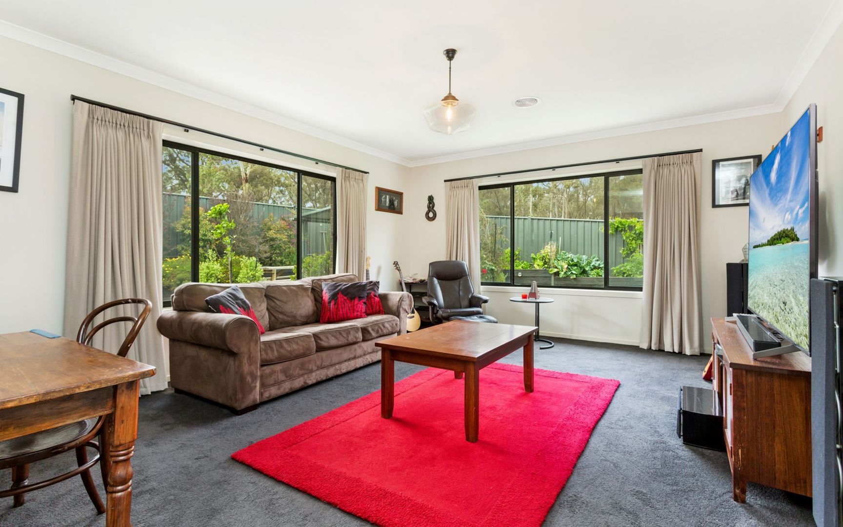 25 Drumbane Drive, Golden Square VIC 3555, Image 2