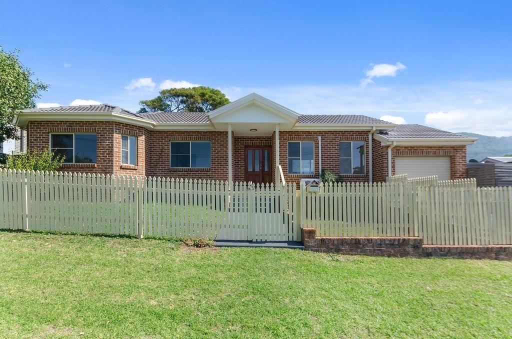 2A Yuill Avenue, Corrimal NSW 2518, Image 0