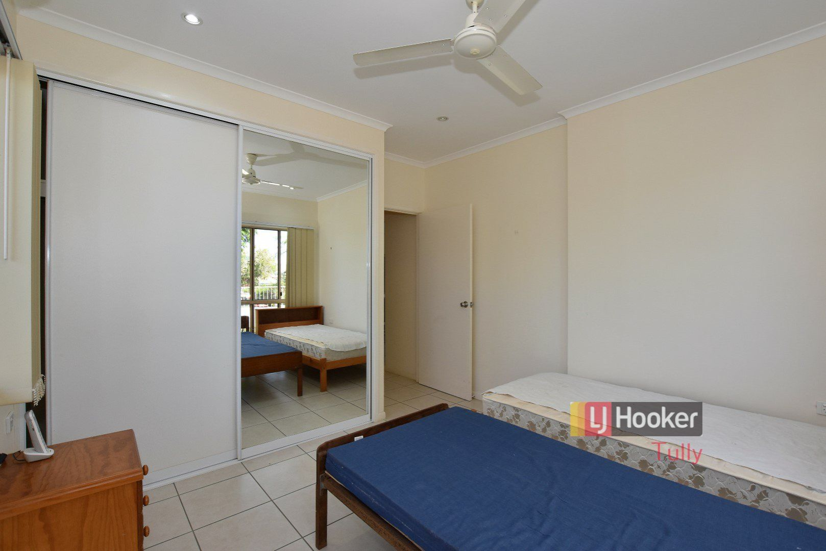 4/11 McQuillen Street, Tully QLD 4854, Image 2